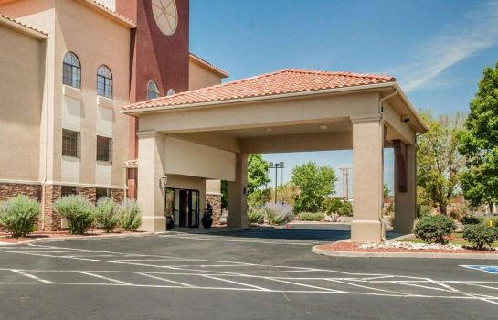 Außenansicht Quality Inn and Suites Albuquerque
