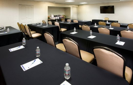 Sala congressi Holiday Inn Express NASHVILLE AIRPORT