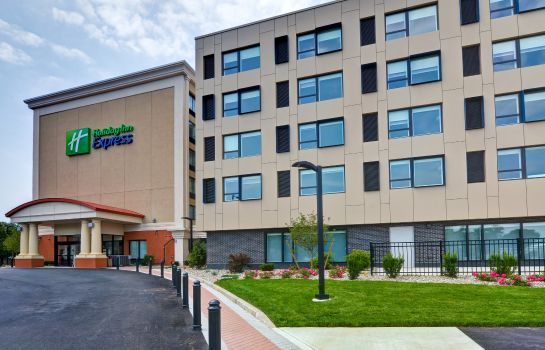 Buitenaanzicht Holiday Inn Express BOSTON