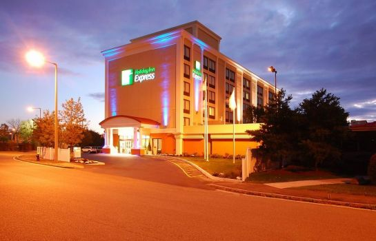 Außenansicht Holiday Inn Express BOSTON