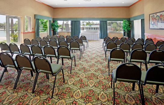 Conference room Holiday Inn Express & Suites BROWNSVILLE