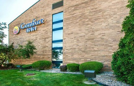 Exterior view Comfort Inn Arlington Heights - O?Hare