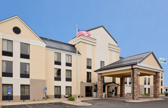 Außenansicht Holiday Inn Express & Suites CEDAR RAPIDS-I-380 @ 33RD AVE