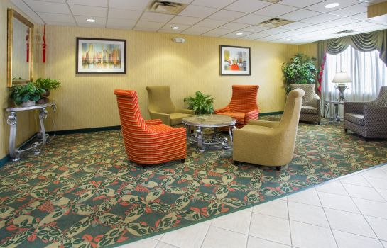 Lobby Holiday Inn Express & Suites COLUMBUS AIRPORT
