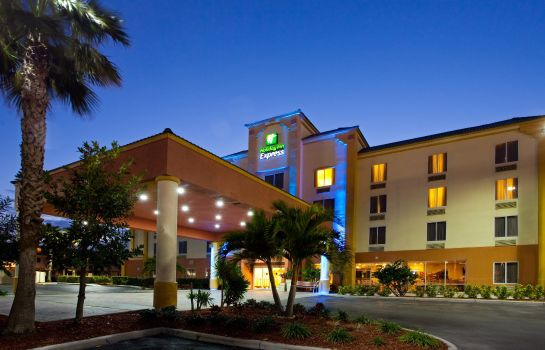 Vista exterior Holiday Inn Express & Suites COCOA BEACH