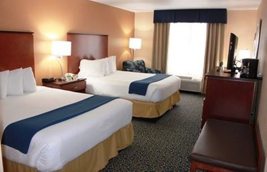 Zimmer Holiday Inn Express & Suites COCOA BEACH