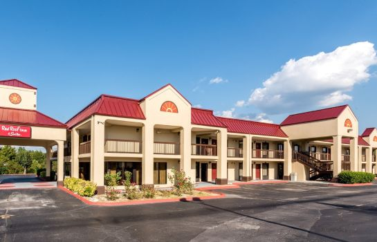 Buitenaanzicht Red Roof Inn and Suites Clinton