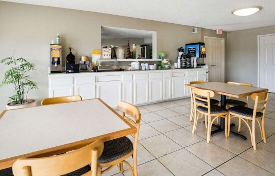 Restaurant Quality Inn Clute Freeport Quality Inn Clute Freeport