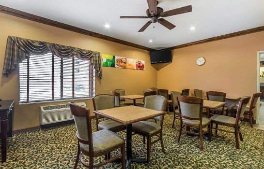 Restauracja Quality Inn & Suites Emporia