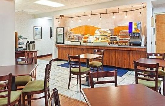 Restaurante MOUNTAIN INN AND SUITES