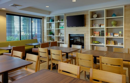 Ristorante MD  Frederick Country Inn and Suites by Radisson