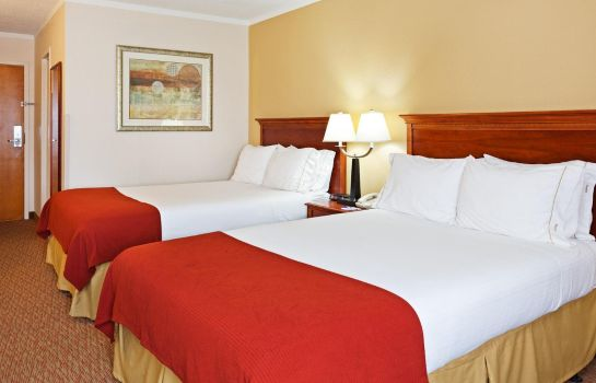 Zimmer Holiday Inn Express GREENSBORO-(I-40 @ WENDOVER)