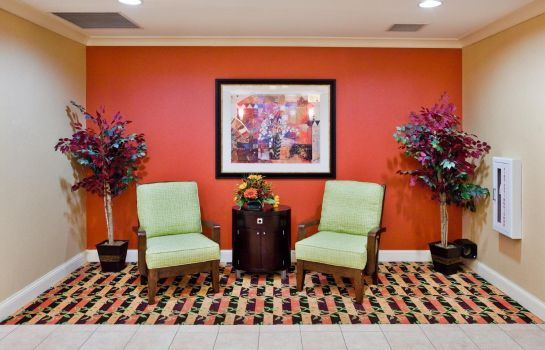 Hotelhalle Holiday Inn Express & Suites GREENVILLE-I-85 & WOODRUFF RD