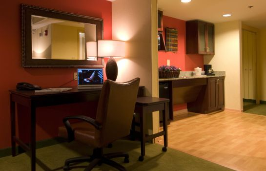 Suite Holiday Inn Express & Suites GREENVILLE-I-85 & WOODRUFF RD