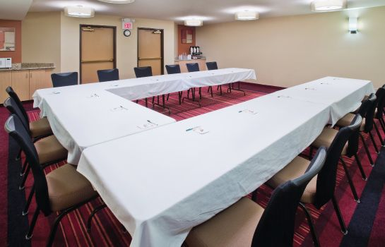 Conference room La Quinta Inn and Suites Helena