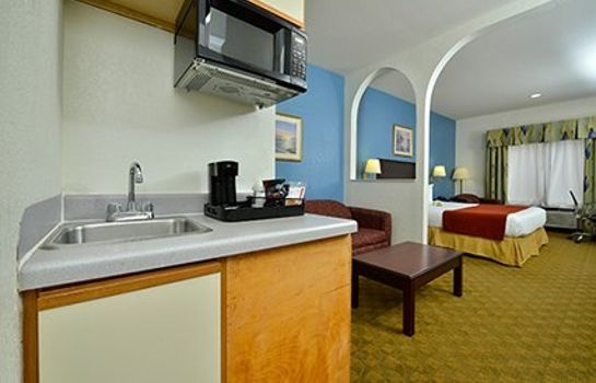 Suite Quality Inn & Suites Hwy 290 - Brookhollow