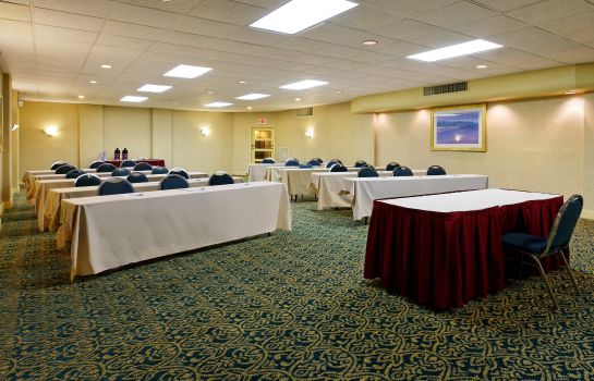 Conference room Express & Suites Huntsville - University Drive