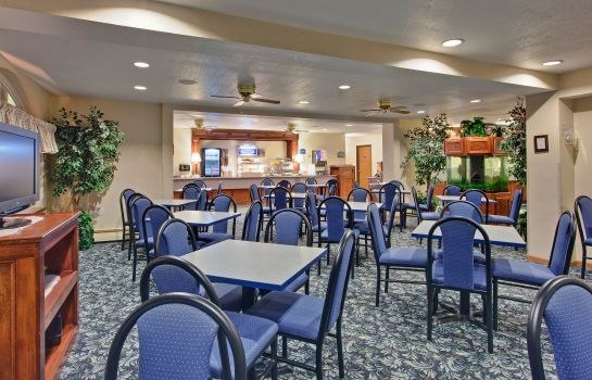 Restaurant Holiday Inn Express MACKINAW CITY