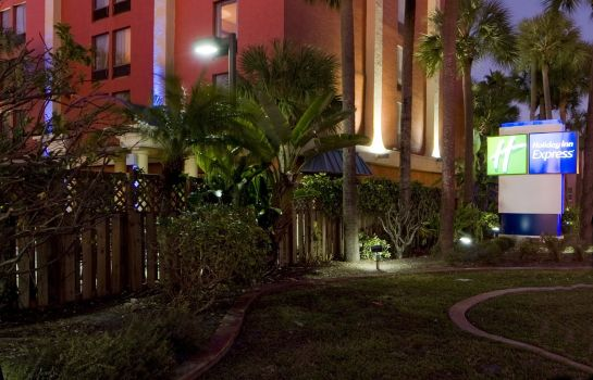 Vista exterior Holiday Inn Express MIAMI-ARPT CTRL-MIAMI SPRINGS