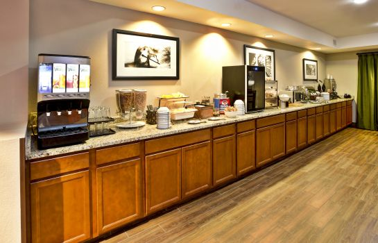 Restaurant COUNTRY INN SUITES MONROEVILLE