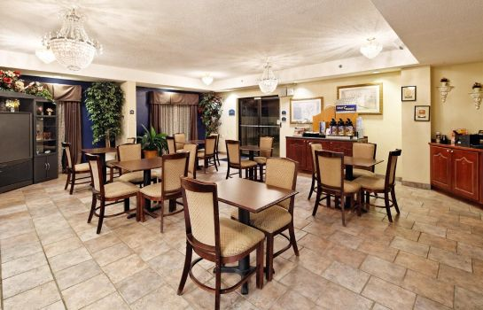 Restauracja COUNTRY INN SUITES MONROEVILLE