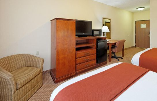 Camera AL  Monroeville Country Inn and Suites by Radisson