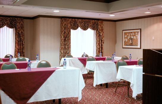 Conference room Holiday Inn Express NEWPORT NORTH - MIDDLETOWN