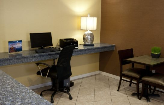 Hotelhalle Holiday Inn Express & Suites NORTH CONWAY