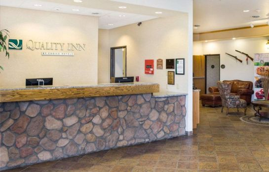 Hall Quality Inn Oacoma