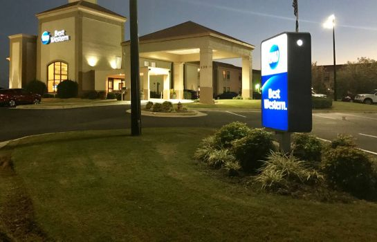 Exterior view SureStay Plus Hotel By Best Western Roanoke Rapids