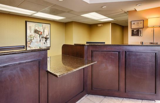 Lobby SureStay Plus Hotel By Best Western Roanoke Rapids