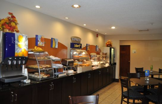 Restaurant SureStay Plus Hotel By Best Western Roanoke Rapids