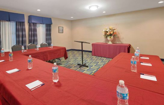 Tagungsraum SureStay Plus Hotel By Best Western Roanoke Rapids