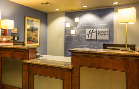 Vestíbulo del hotel Holiday Inn Express SAN JOSE-CENTRAL CITY