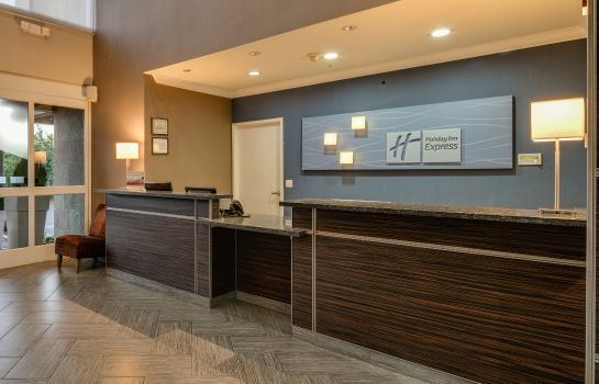 Hotelhalle Holiday Inn Express & Suites SANTA CLARA