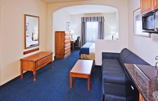 Suite Quality Inn Tulsa-Downtown West
