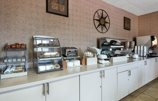 Restaurant Econo Lodge Inn & Suites Triadelphia - Wheeling