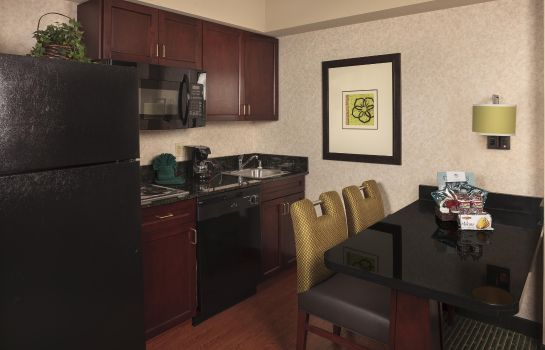 Hotel-Bar Homewood Suites by Hilton Dallas Market Center