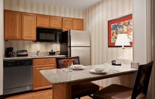 Hotel-Bar Homewood Suites by Hilton Fort Myers FL