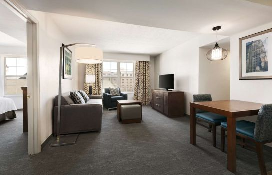 Suite Homewood Suites Greensboro