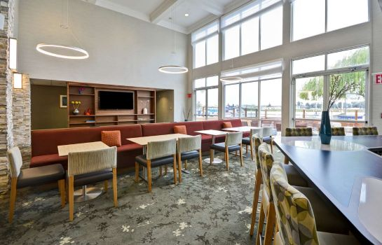 Vestíbulo del hotel Homewood Suites by Hilton - Oakland Waterfront