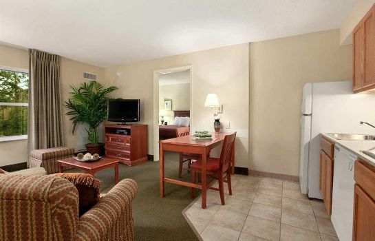 Zimmer Homewood Suites Tallahassee FL