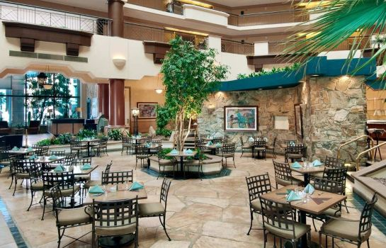 Restaurant Embassy Suites by Hilton Phoenix Downtown North