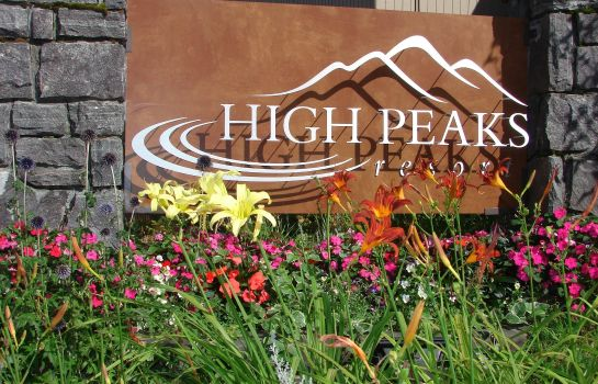 Exterior view HIGH PEAKS RESORT
