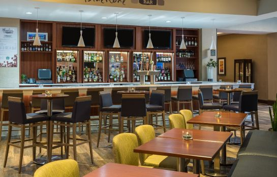 Hotel-Bar Hilton Durham near Duke University