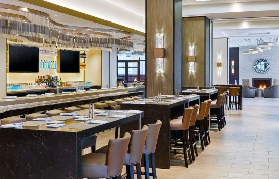 Bar del hotel Hilton Los Angeles North-Glendale - Executive Meeting Center