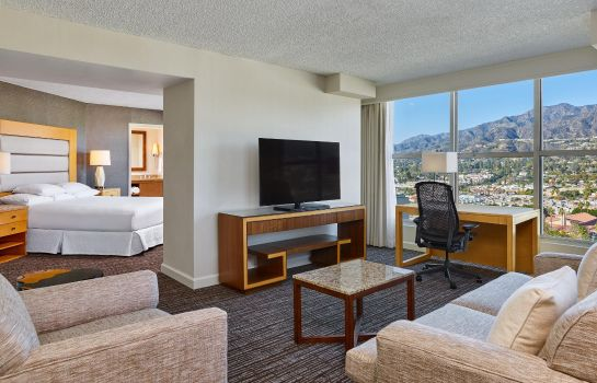 Suite Hilton Los Angeles North-Glendale - Executive Meeting Center