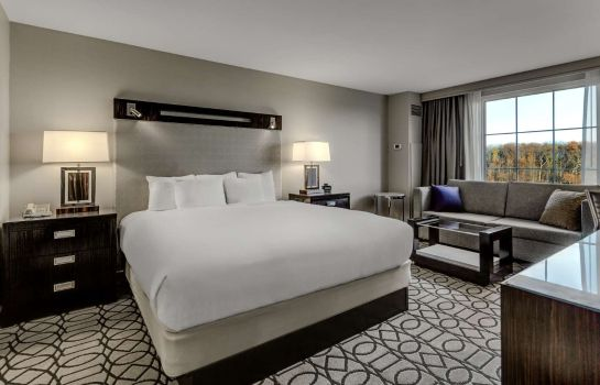Zimmer Hilton Columbus at Easton