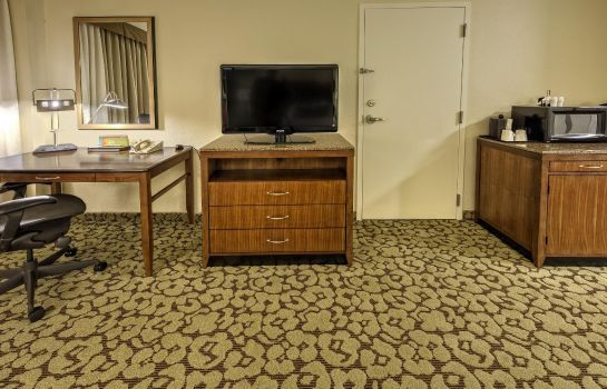 Zimmer Hilton Garden Inn New Orleans Convention Center