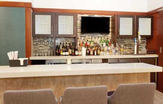 Bar hotelowy Hilton Garden Inn Chicago North Shore-Evanston